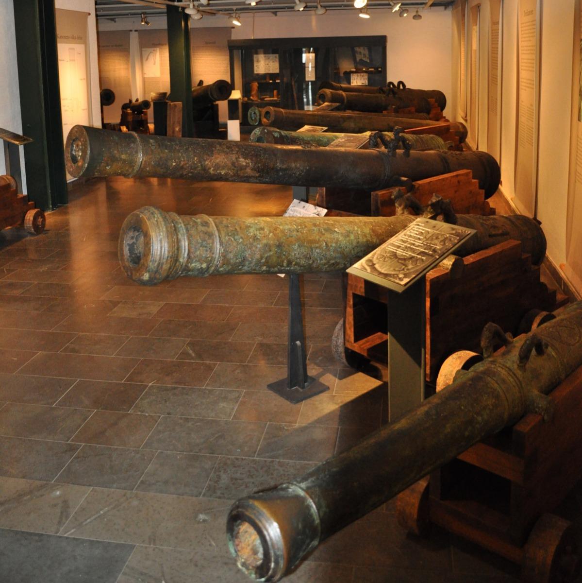 kronan shipwreck canon guns