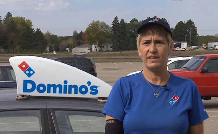 pizza-delivery-driver-heartwarming-story-20-98927