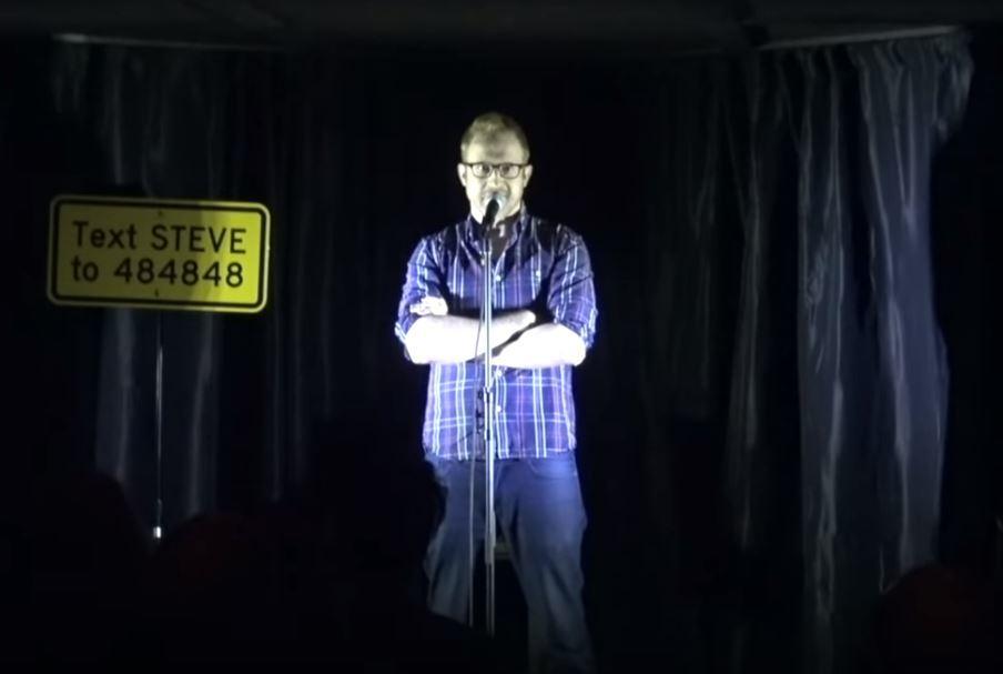 Steve-Hofstetter-on-stage.jpg-27761