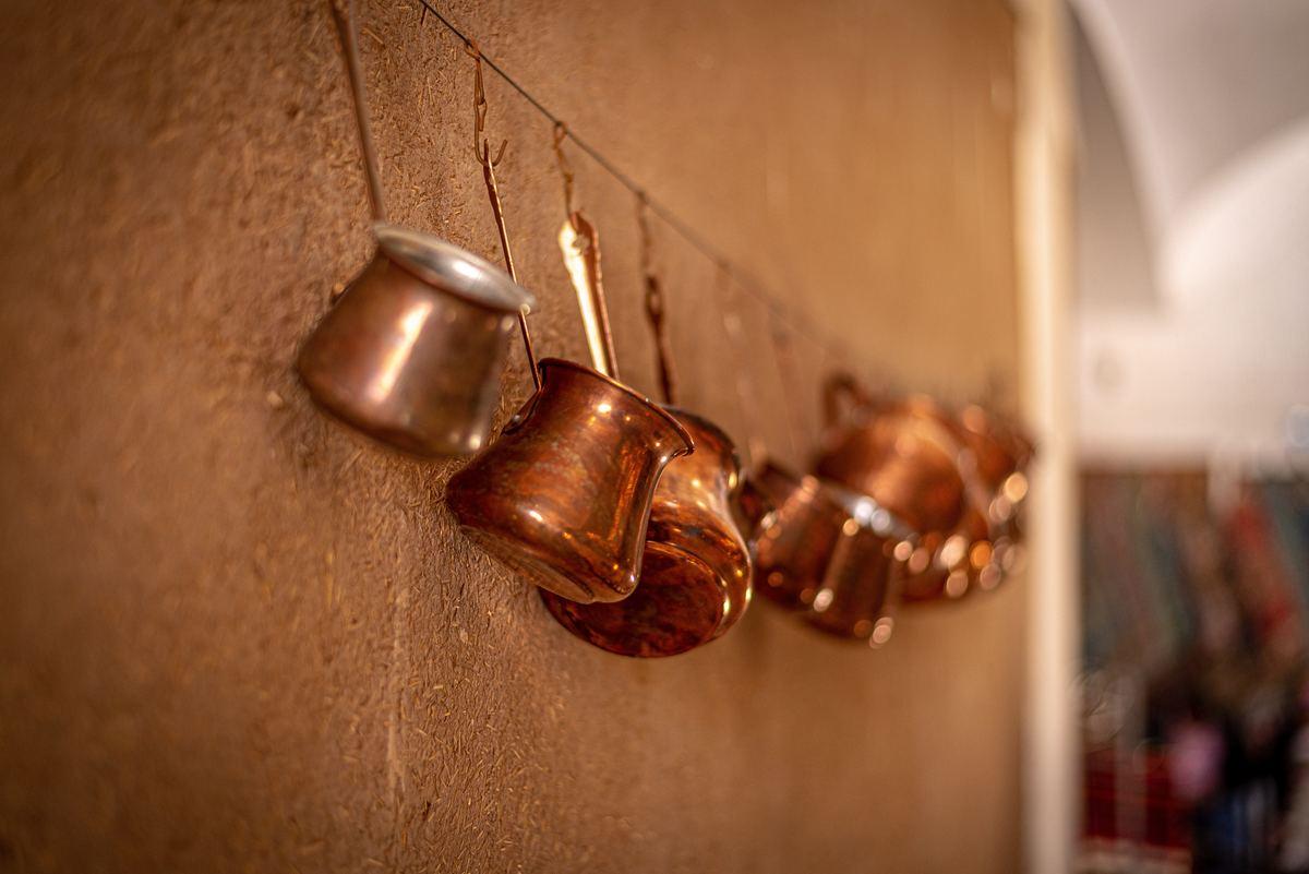 Copper pots for sale in Iran