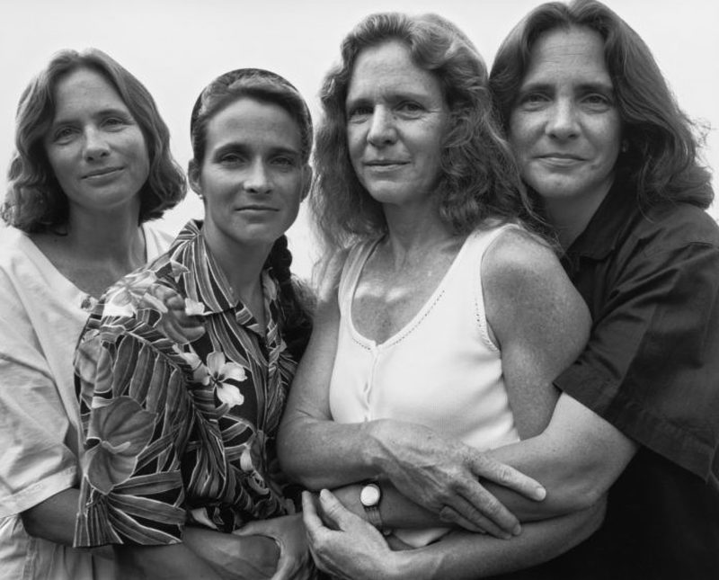 four women sisters