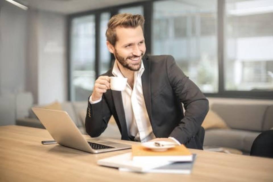 smiling sales clerk
