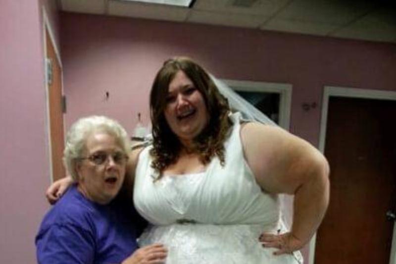 lexi-on-wedding-day-95083