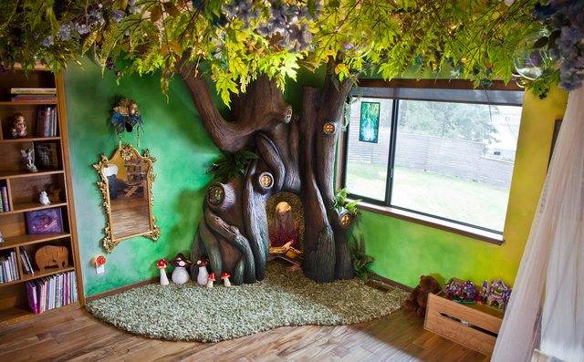 someone made their kid's room a fairy tale