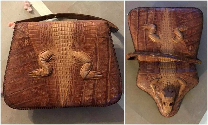 Picture of a purse