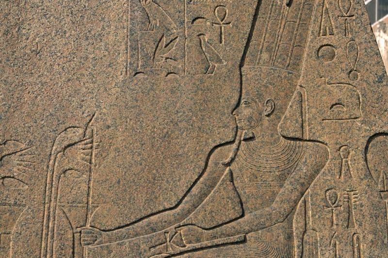 ancient-statue-14-63102