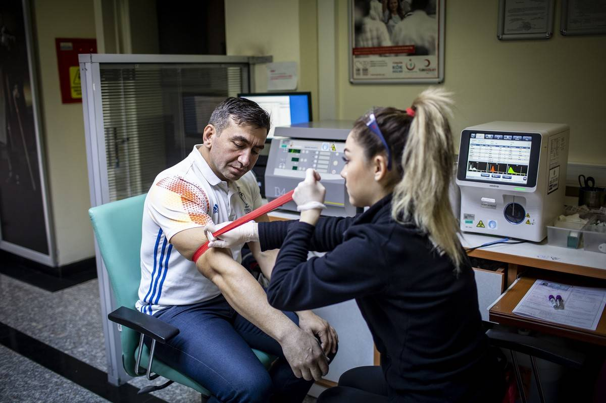 Medalled blood donor Vedat Gunaydin becomes hope for cancer patients